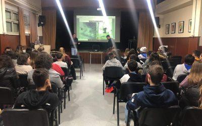 Conferencia escuela de aviación en Alcocer